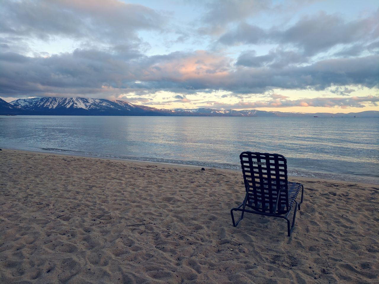 Beach Sand Water Horizon Over Water Tranquility Nature Cloud - Sky Chair No People Water's Edge Outdoors Summer Beauty In Nature Sunset Scenics Vacations Landscape Lake Alpine Lake Sierra Nevada