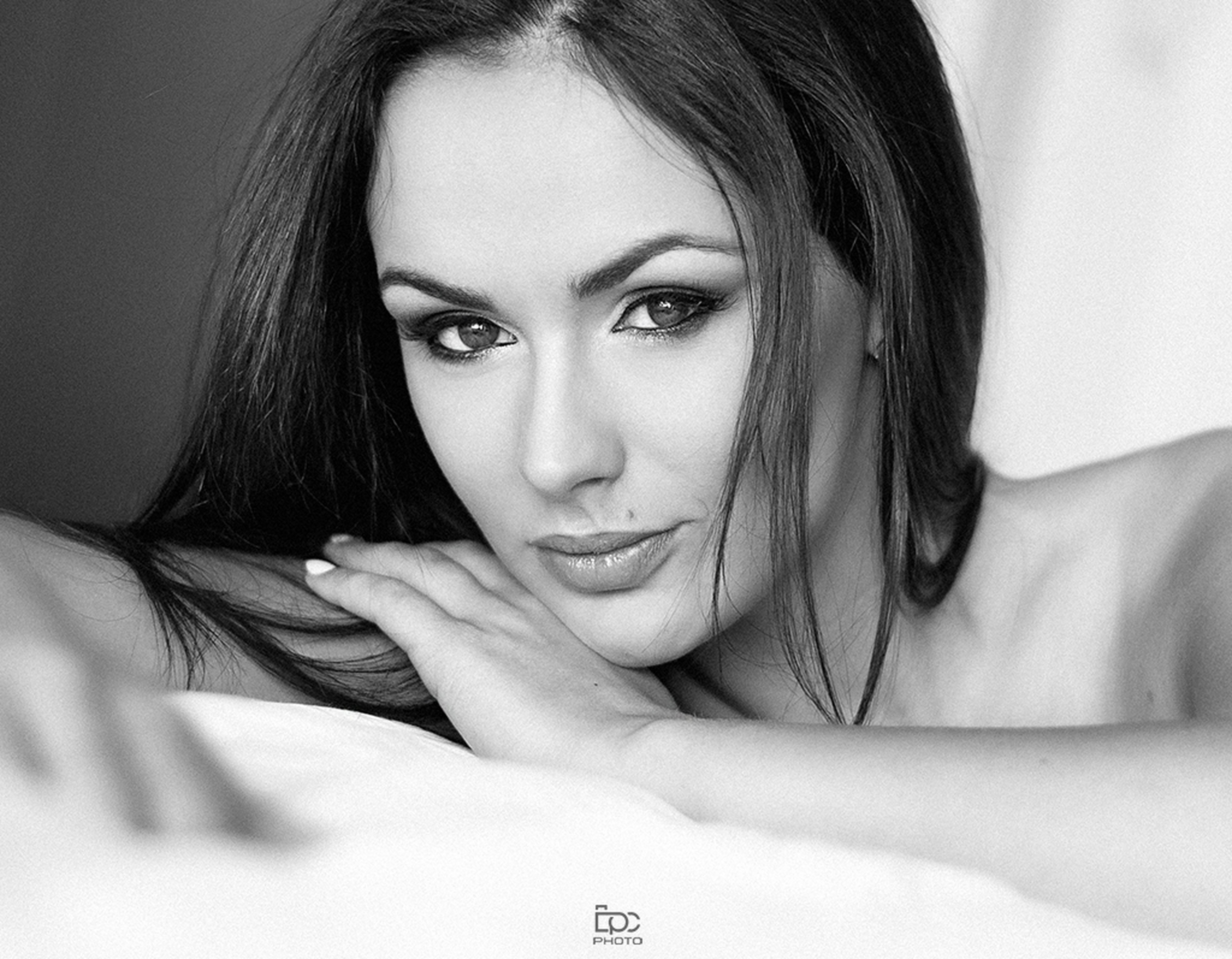 looking at camera, portrait, young adult, headshot, adults only, one person, young women, beautiful woman, human face, close-up, only women, adult, indoors, women, one woman only, beauty, human body part, smiling, people, real people, one young woman only, human eye, human hand, day