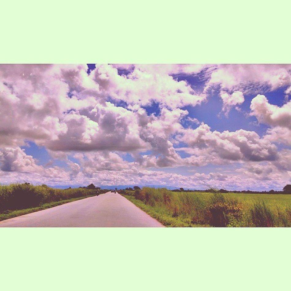 ခရီးသြားမိုးတိမ္ Jipsy Clouds Cloud Sky instatravel travelgram travelphotography myanmar igersmyanmar