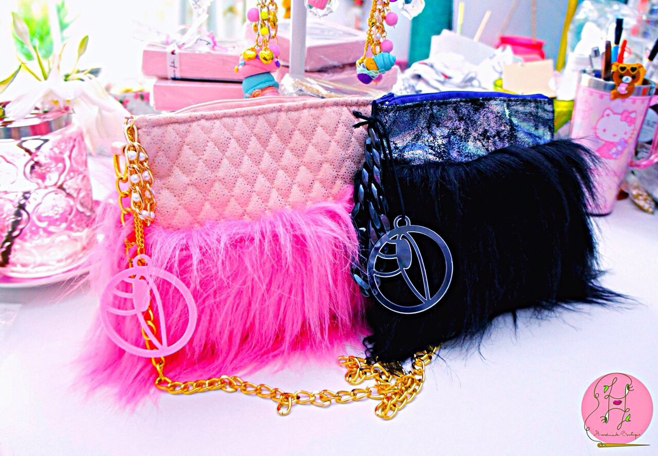 Custom magic crystal rock bags for twins💖💖💖💎👧🏼👦🏻💎 Colors Eye4photography  Laviniafenton California Studio Etsy Bags Bagdesigner Twins Beautiful Happiness Neobaroquequeen Neobaroque Bag Boutique Hello World Fantasy EyeEm Gallery Monogram Design Handmade Bright Fuzzy Sparkles Magical