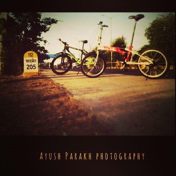 Earlymorning  Bicycleride Afterlongtym Oldfriendcompany racingcrazypassionatelyunfixeddistancetocoverspeedingcellophotographymomentstocherishfellowHarshvardhanRajpurohit