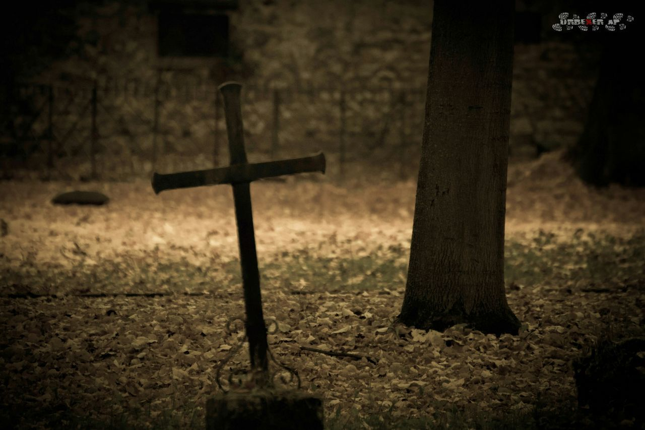 cross, religion, spirituality, cemetery, crucifix, no people, grave, day, outdoors, close-up