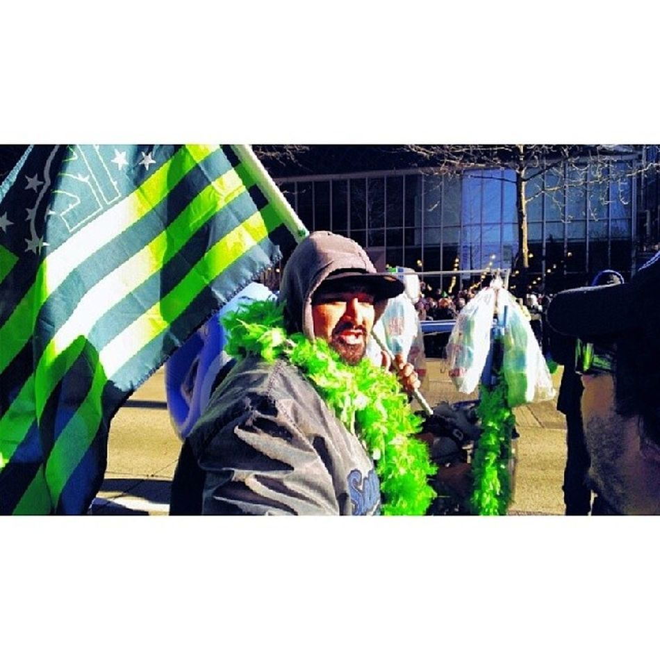 Seattleseahawks Superbowl Champions Victoryparade downtown streetphotography seattle 206 portland pdx denver denverbroncos sf chicago nyc nfl featherboa