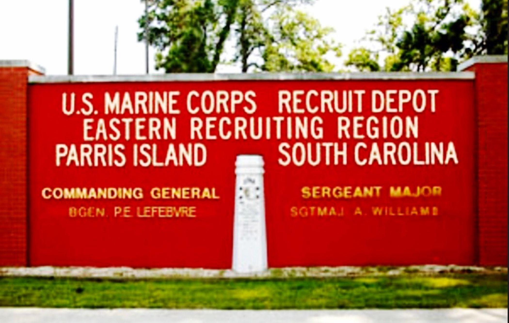 USMC Recruit Depo Parris Island South Carolina USA Us Military USMC Parris Island