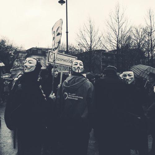 Anonymous Noir Noiretblanc Noir Et Blanc Noirlovers