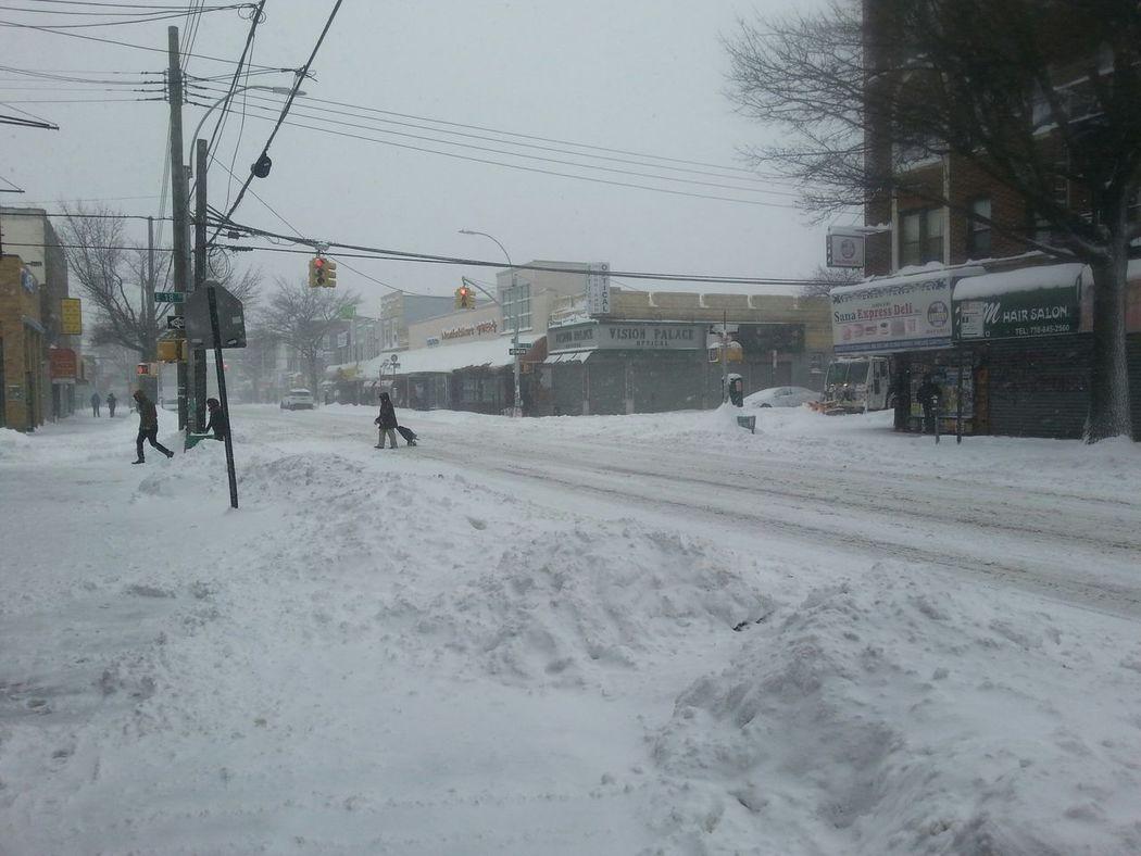 Snow on Avenue U Taking Photos Brooklyn Nyc Sheepshead Bay