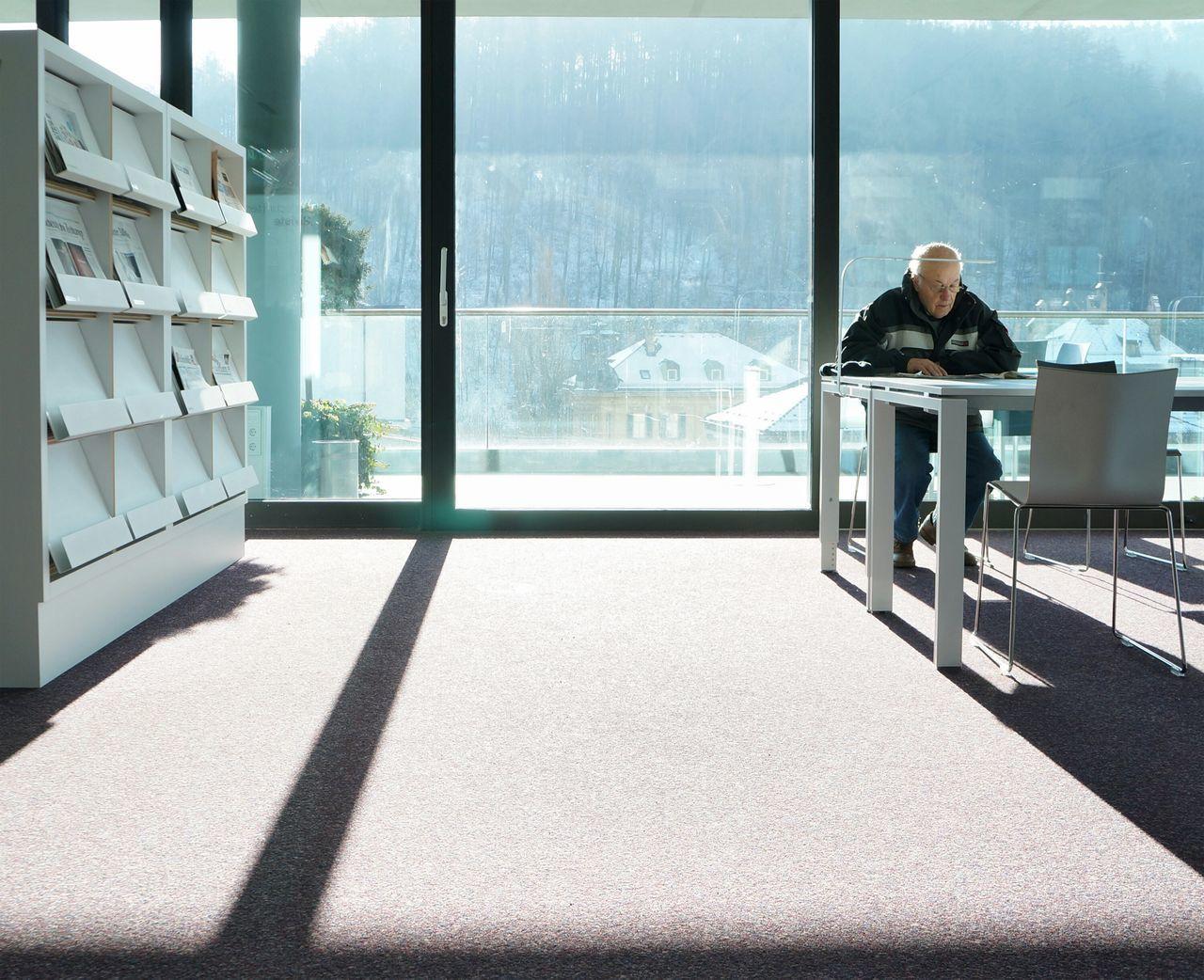 Beautiful stock photos of senior, Chair, Day, Full Length, Indoors