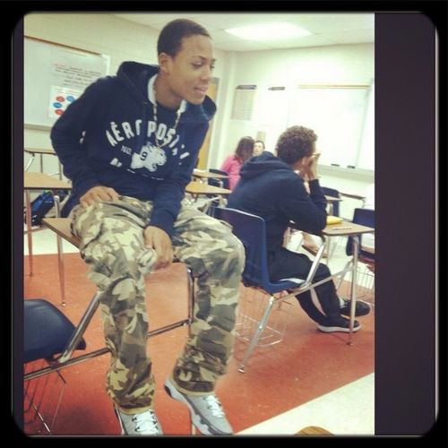 Chillen In Class