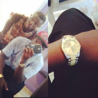 Many Thanks to mma big homie @this_is_prizzie for the Gold & Silver ice Presidential Rolex..! He ma homie nd we hustle hard to get were we want so many thanks to you homie @this_is_prizzie ,Day well spent ✔✔✔ツ♔ TeambigFooLish TEAMbigstunna OfficialEmeyz