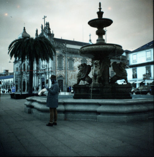 120mmfilm City Diana F+ Joseoliveira Porto Portugal Pracadosleoes Streetphotography