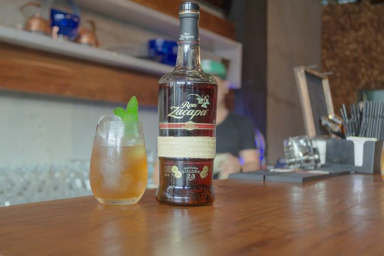 Mixology Culture Cocktails Cocktail Lounge Bartender Bar