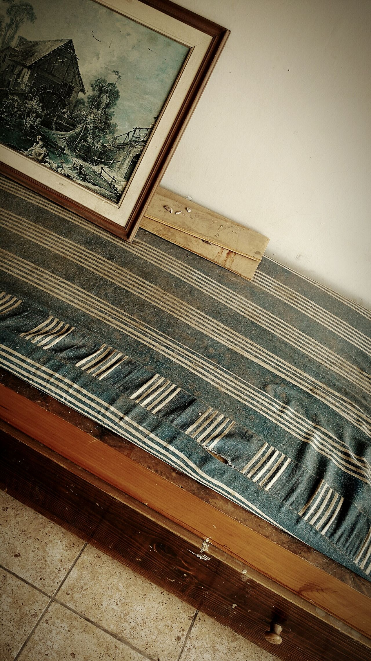 Abandoned. Indoors  Bed Bedroom Old Picture Abandoned Abandoned House Abandoned Places Old House Decay Decay And Dereliction Beauty Of Decay Broken Broken Beauty Forgotten Forgotten Places  EyeEm Gallery EyeEmBestPics Urban Exploration