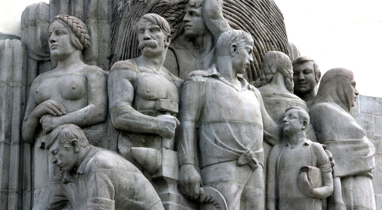 Monumento a Alvaro Obregón, Parque La Bombilla, San Angel. Architecture Day Historical Building Mexico Monument No People Outdoors San Angel Sanangel Sculpture Stone Carving Tourist Destination