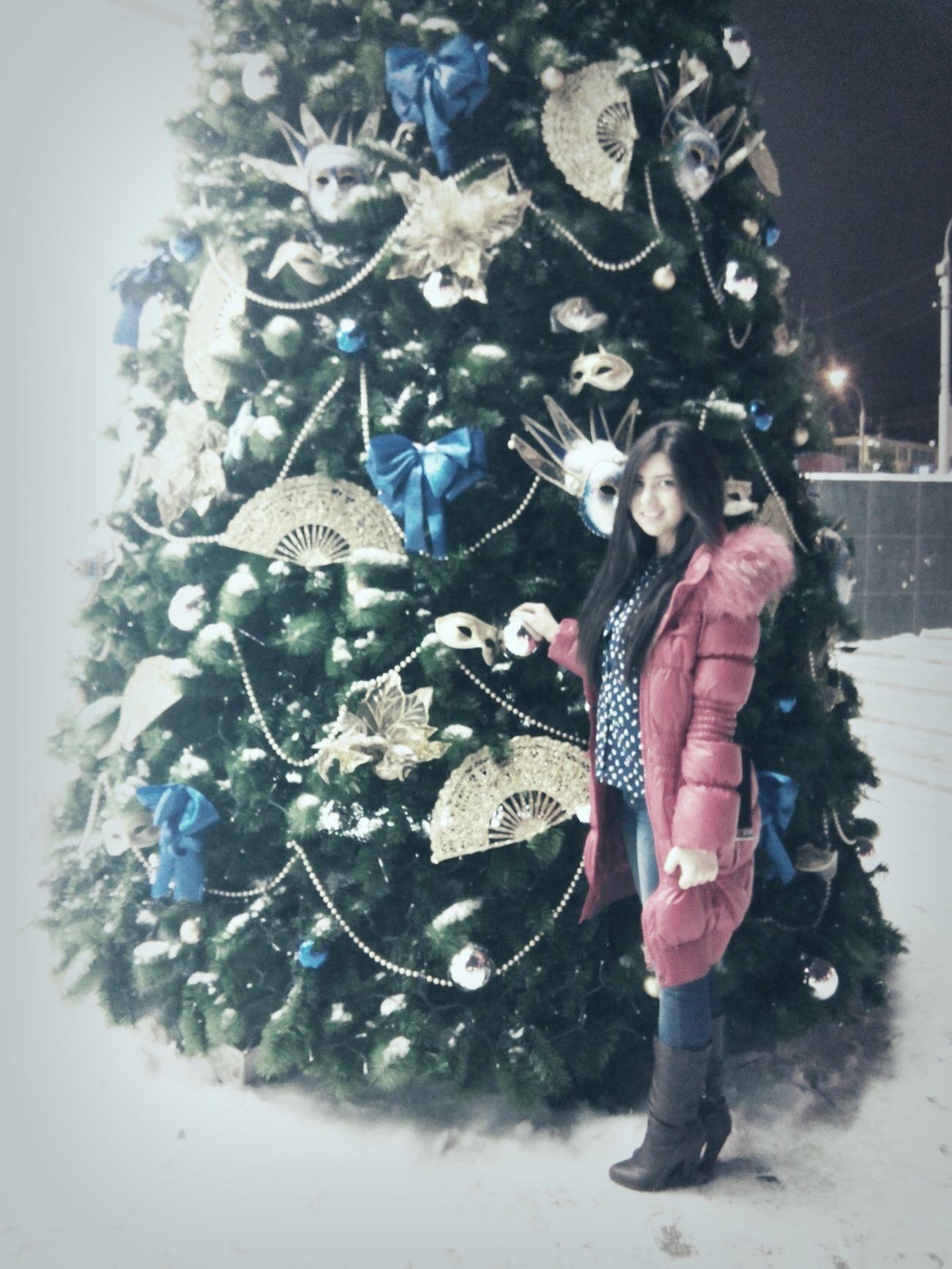 ёлка Скоро новый год