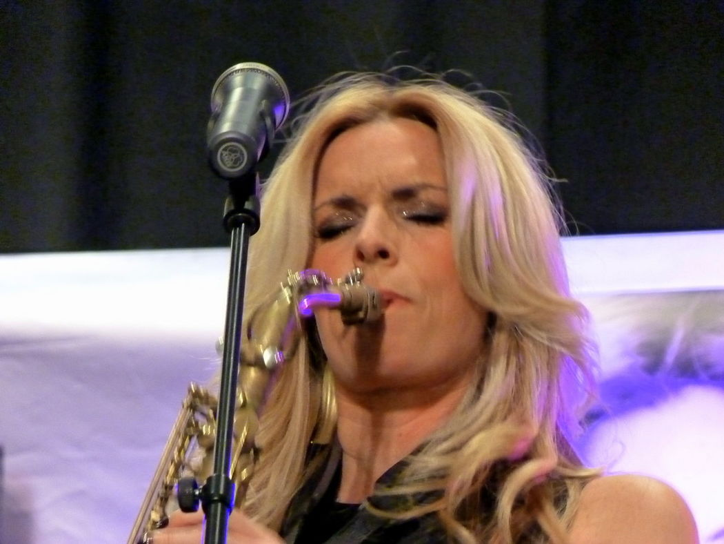 Adult Blond Hair Candy Dulfer Close-up Day Headshot Holding Indoors  Microphone Music Musical Instrument Musician One Person One Woman Only One Young Woman Only Only Women People Performance Playing Singer  TakeoverMusic Women Young Adult Young Women