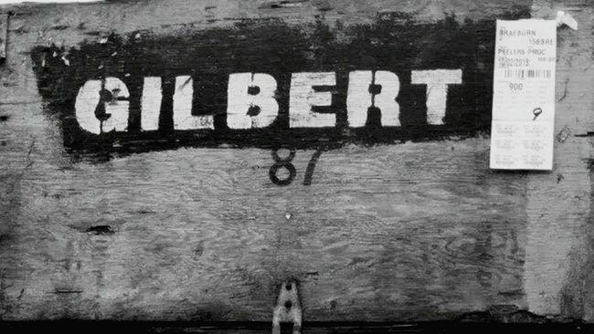 Gilbert Box Boxofmatches Outingwithmom Hangingoutwithmom Triptoanappleanimalfarm Animalfarm Applefarm 87 Box Box87