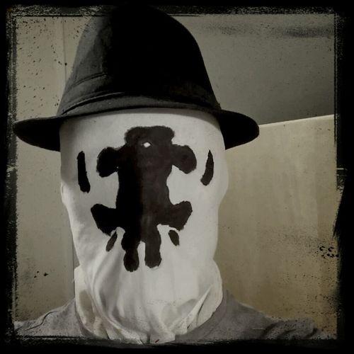 Last night testing my mask... Halloween Blind Fancy Dress