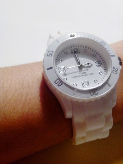 What time is it? ?? Montre