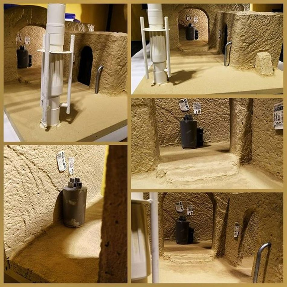 I think this is complete now. Sand, weathering and some props added to Sandtooine Tatooine Starwarstoyfigures Starwars Starwarsblackseries Blackseries Starwarstheblackseries Ihatesand Moistureevaporators Moisturefarm Diorama Wanted Wantedposter Droids Hansolo