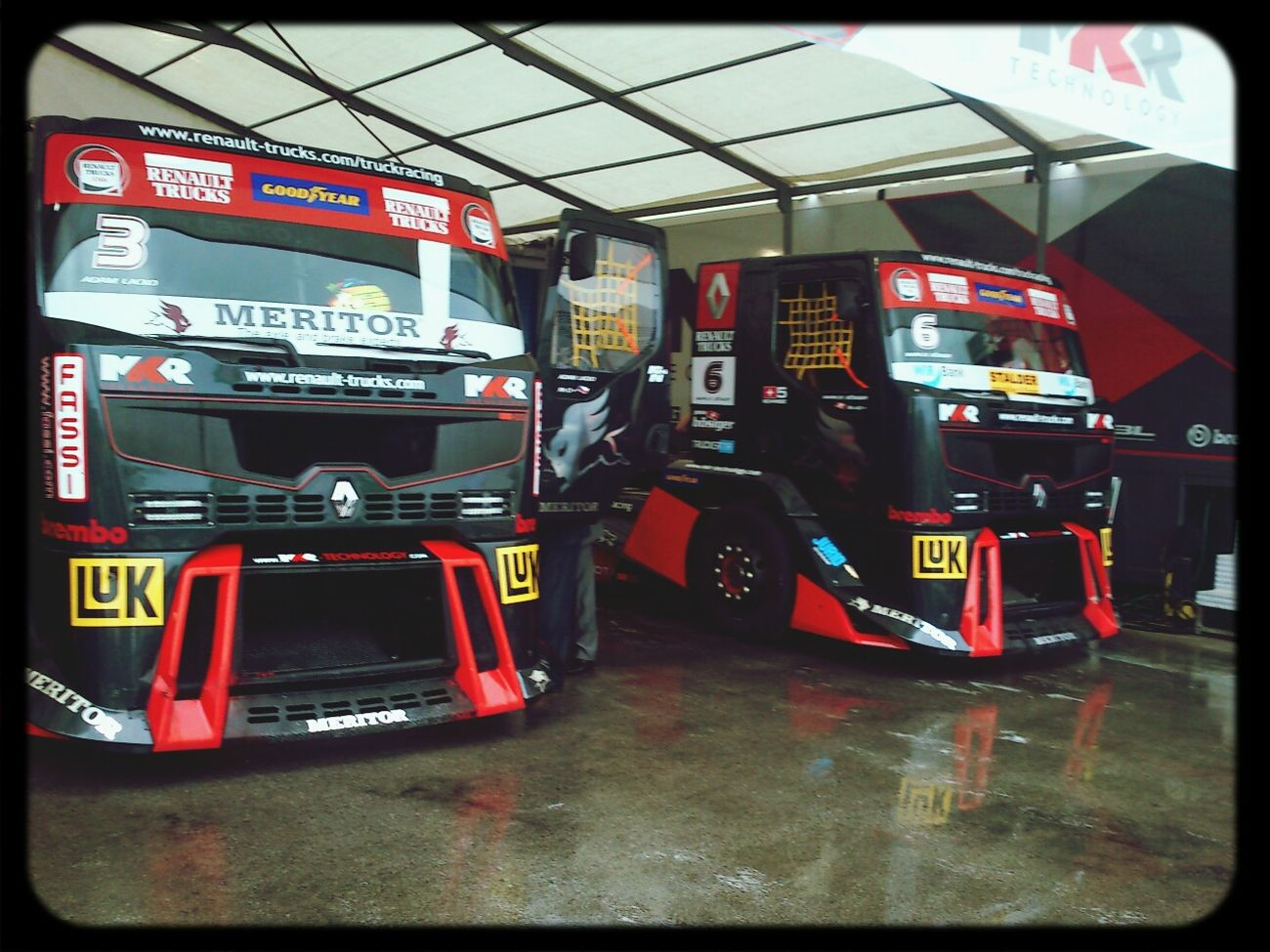 Race Truck Istanbul Park Speed Engine Room renault truck racing 2012 ... myshot