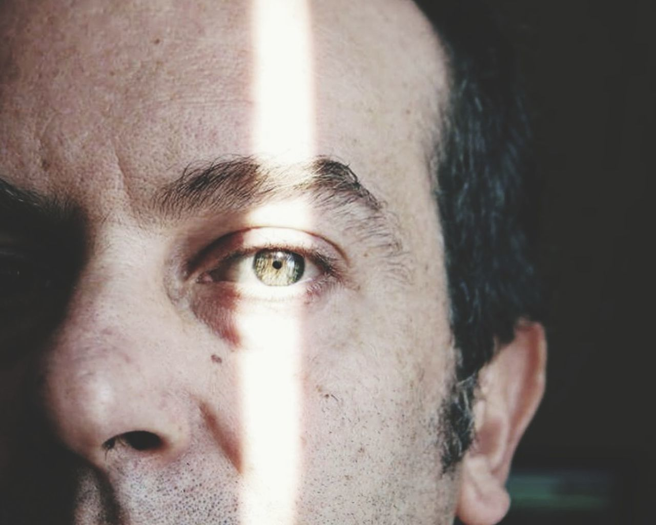 human eye, one person, human face, portrait, close-up, human body part, looking at camera, real people, eyebrow, headshot, indoors, eyesight, young adult, one man only, day, eyeball, eyelash, adult, people, adults only