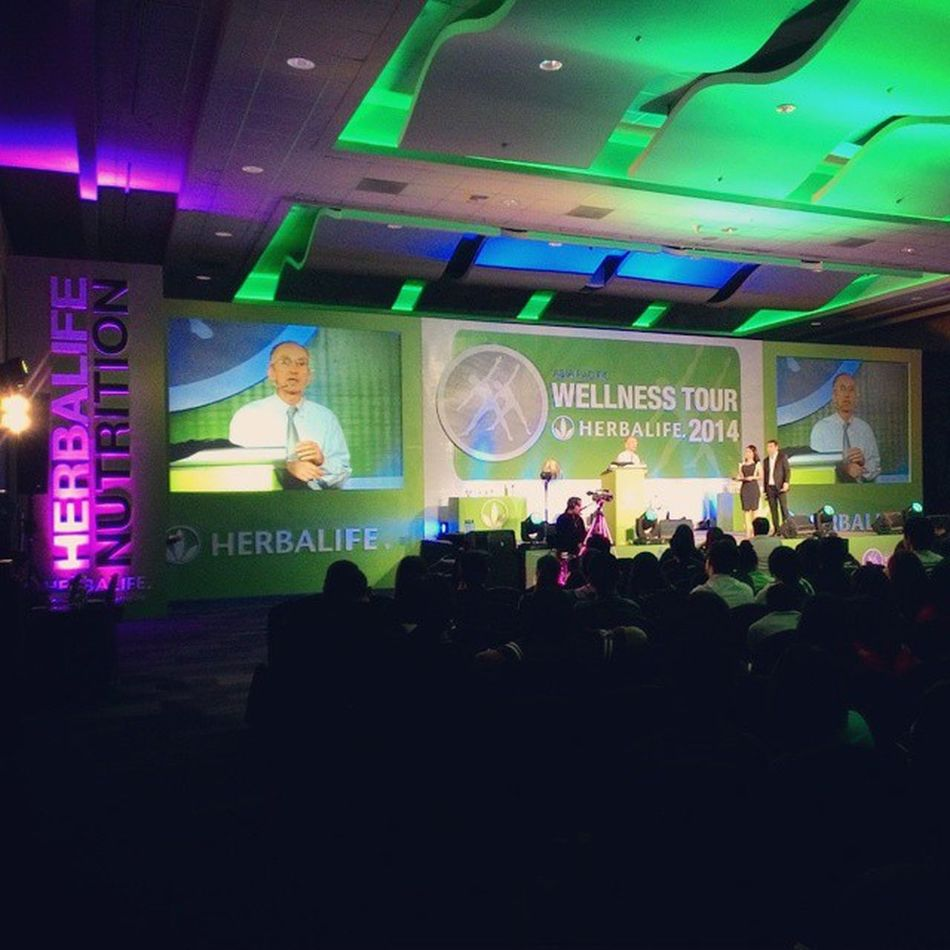 Ongoing Herbalife Wellness Tour 2014 Q&A with Dr. De Angelis Herbalifeph