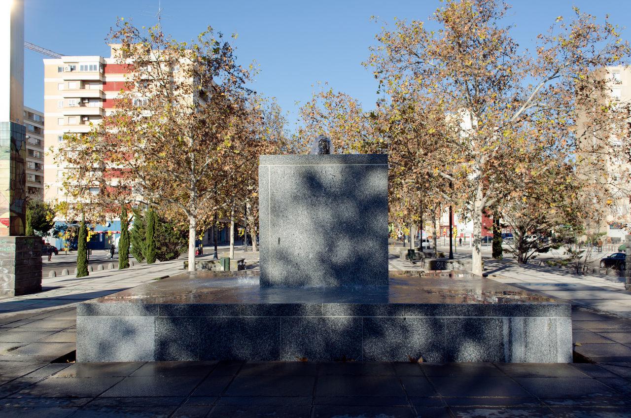 Fuente y Escultura 2015  Architecture City Day Eddl Fountain Nature No People Outdoors Sky Tree Water Zaragoza