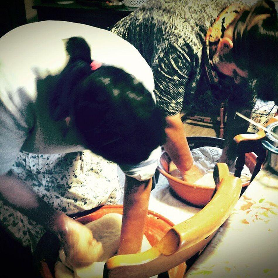 Work in progress @vipiras90 Makingbread Pane Bread Homemade workinprogress hardwork instapic picoftheday instadaily