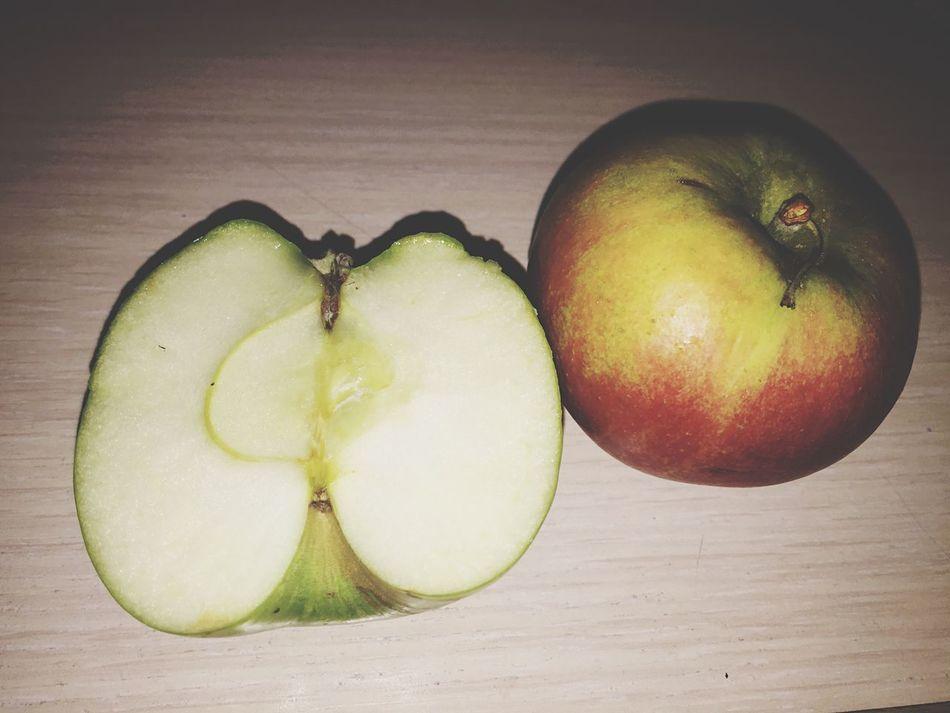 22.50-съела яблочки, не удержалась🤔😁😋 пп вкусный и полезный перекус