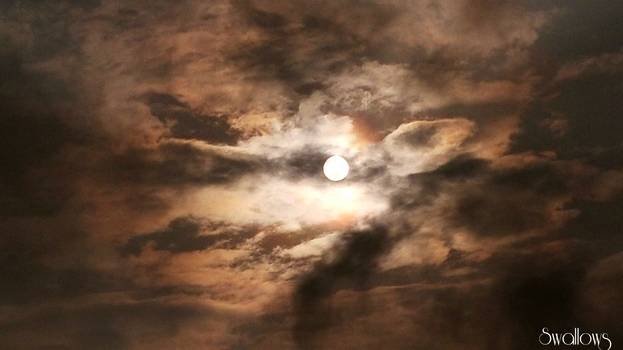 moon, nature, cloud - sky, beauty in nature, scenics, sky, low angle view, tranquility, tranquil scene, outdoors, no people, astronomy, crescent, night, sky only, solar eclipse, half moon, space