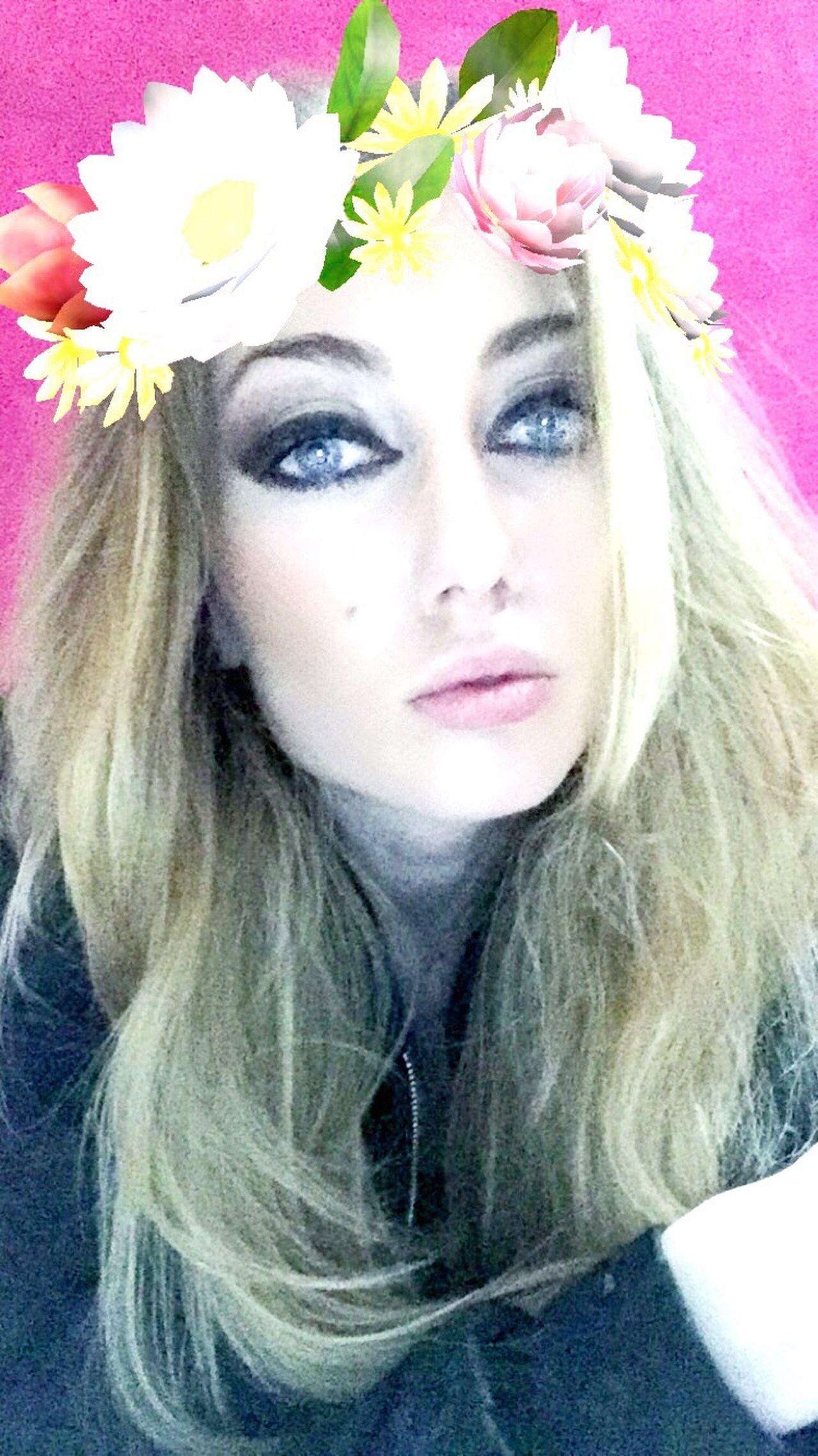 Snapchat SnapchatFilterIsGoodToMe Lolololololol Makeupextreme Smokey Eyes Model