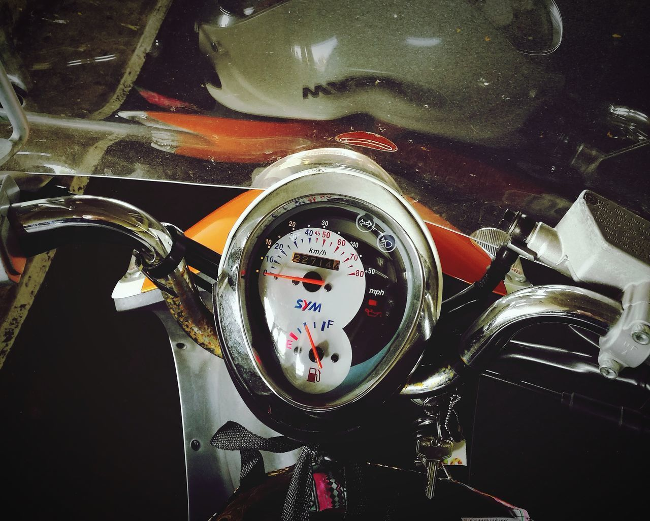 close-up, land vehicle, speedometer, gauge, indoors, no people, technology, pressure gauge, day