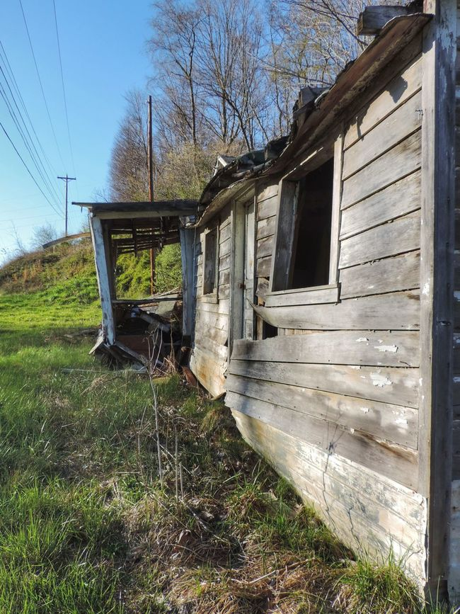 Abandoned Abandoned Buildings Abandoned House Abandoned Places Architecture Broken Built Structure Damaged Day Deterioration Grass House Landscape Nature No People Obsolete Ohio Outdoors Run-down Rural Rural Exploration Rurex Sky