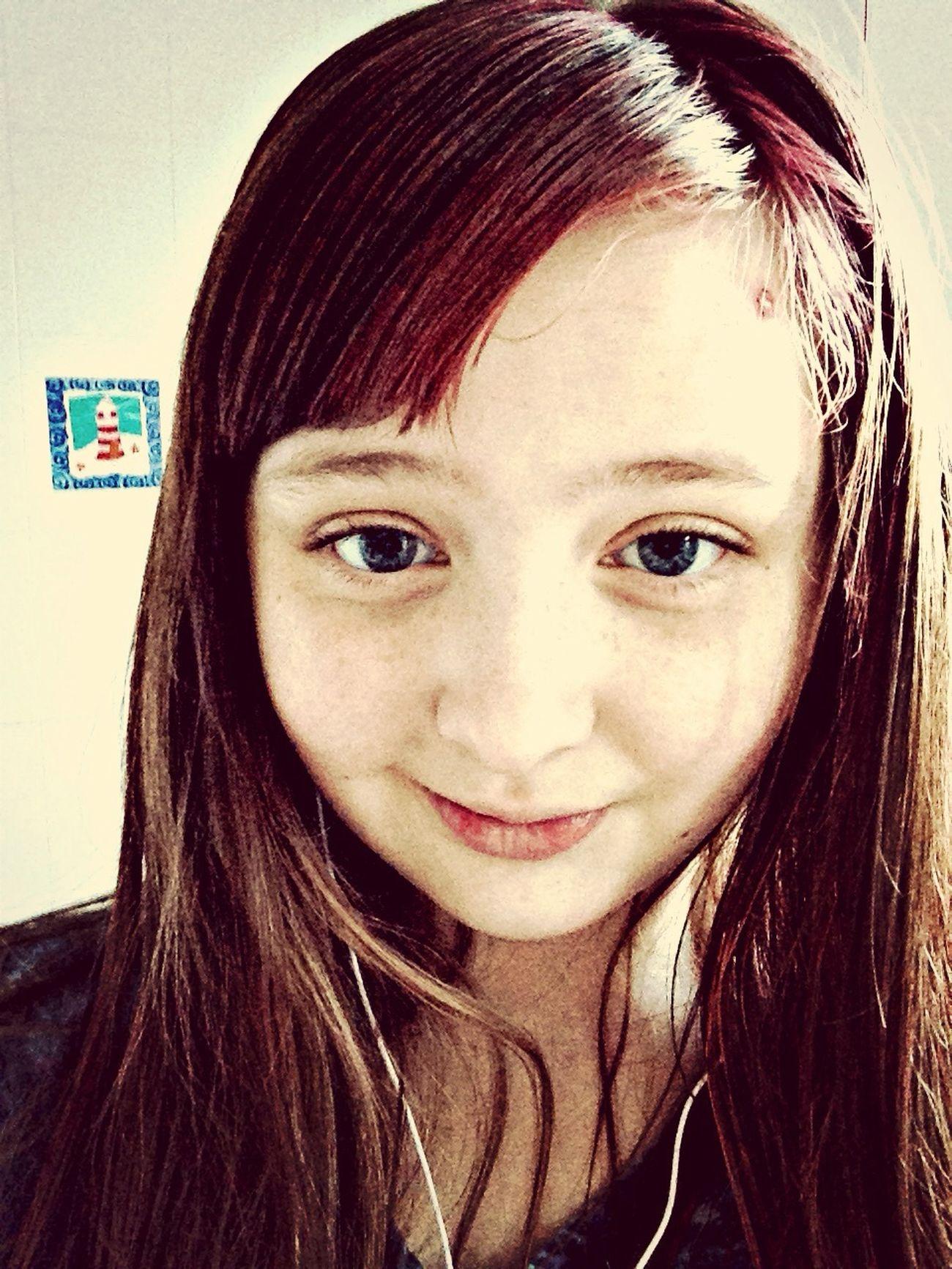Pinkhair BlueEyes SmileX3