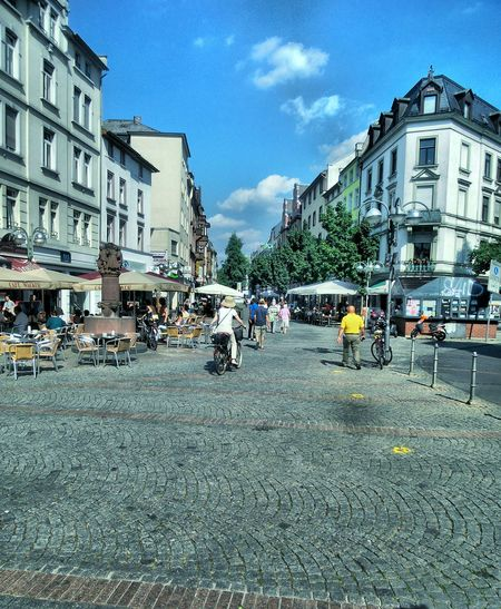 Pedestrian ZonePeople City Street Morning Atmosphere Outdoors Residential District The Way Forward Summer Morning Architecture Built Structure Building Exterior Transportation Urban Landscape City Life Beliebte Fotos Hello World Tadaa Community Urban Lifestyle Summer In The City Frankfurt Am Main Bornheim Mitte Germany🇩🇪