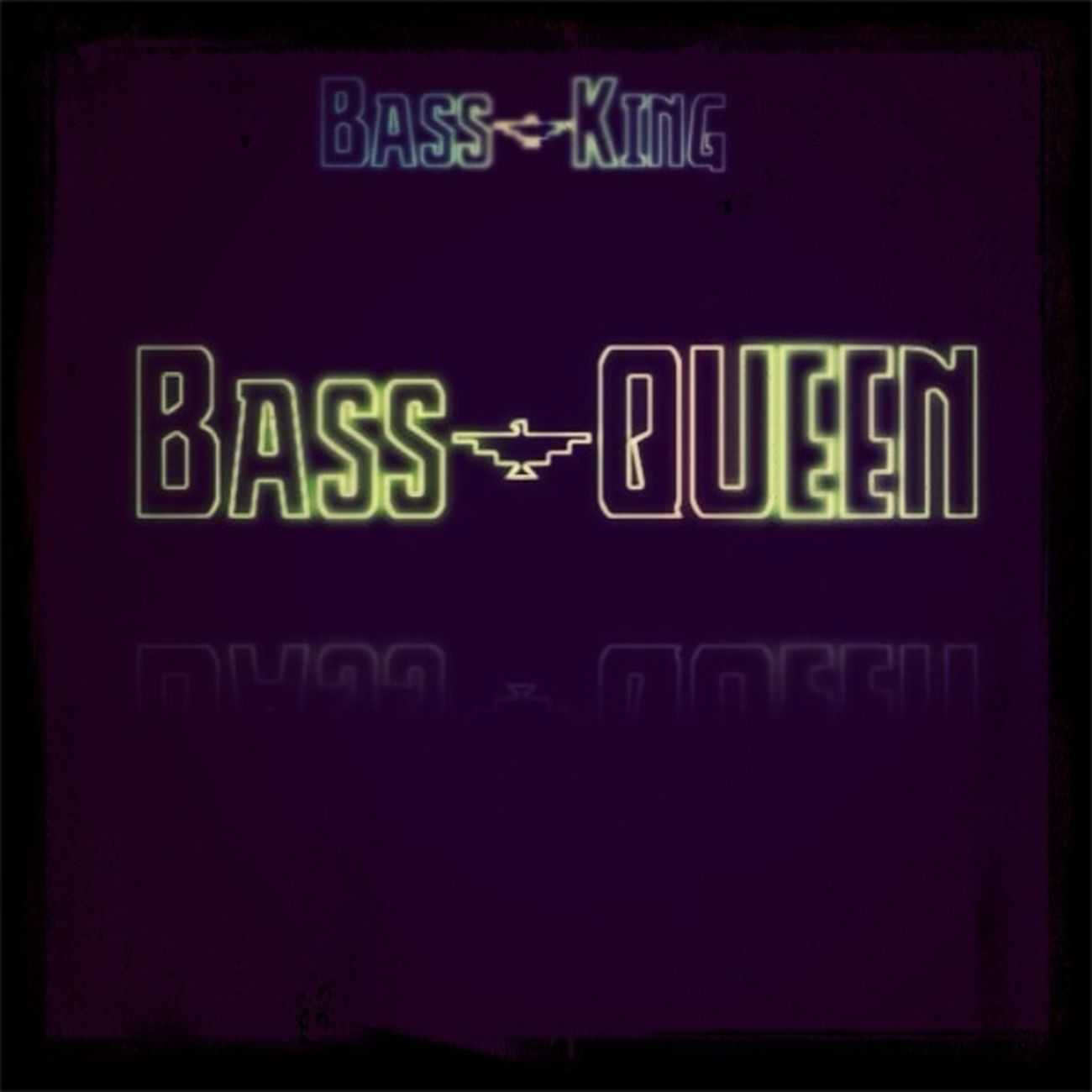 Bass-Queen On Te Beat.