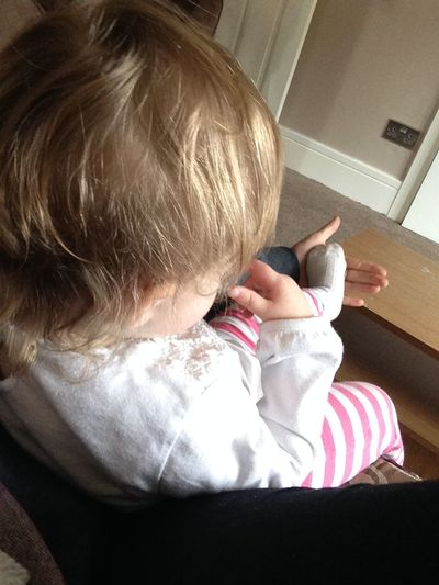 Let me rest my foot in your hand aunty Faye 😂 Littlestchunk Goddaughter Beautiful Snuggles