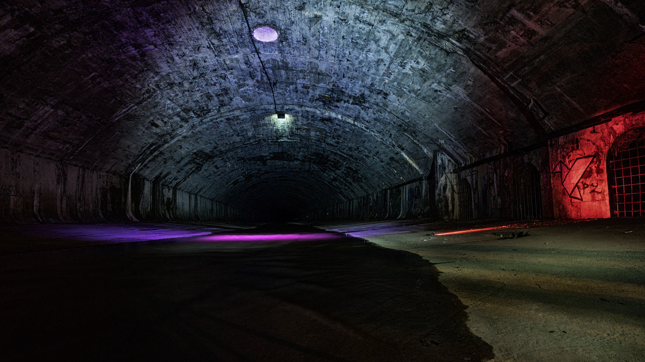 "this was a privat guide for the ""Third Man Tour"" in Vienna..Great fragrance ;-) Der Dritte Mann Long Exposure Lost Places Not Healthy Old Buildings Secret Place Sewage Third Man Underground"
