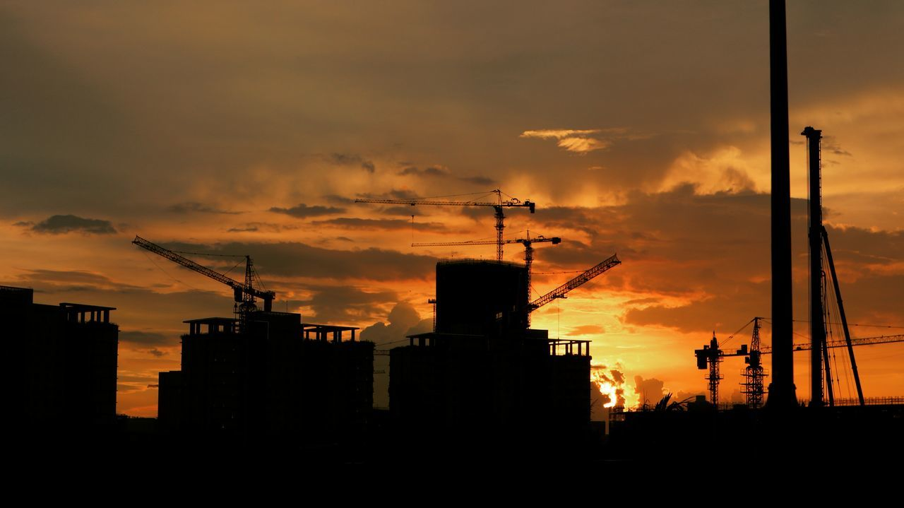 Sunlight Hcm Saigon Vietnam Hochiminh Factory Pollution Smoke Stack Industry Business Finance And Industry Sunset Smoke - Physical Structure Social Issues Silhouette Architecture Sky Built Structure Power Station No People City Building Exterior Fumes Construction Site Fuel And Power Generation Outdoors