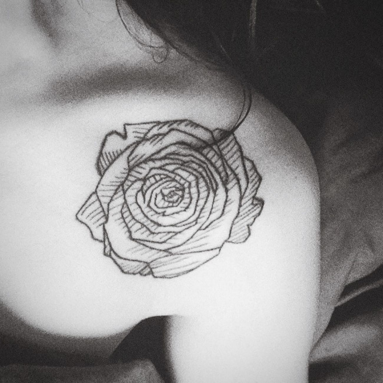 Tattoo Rose🌹 Tatouage