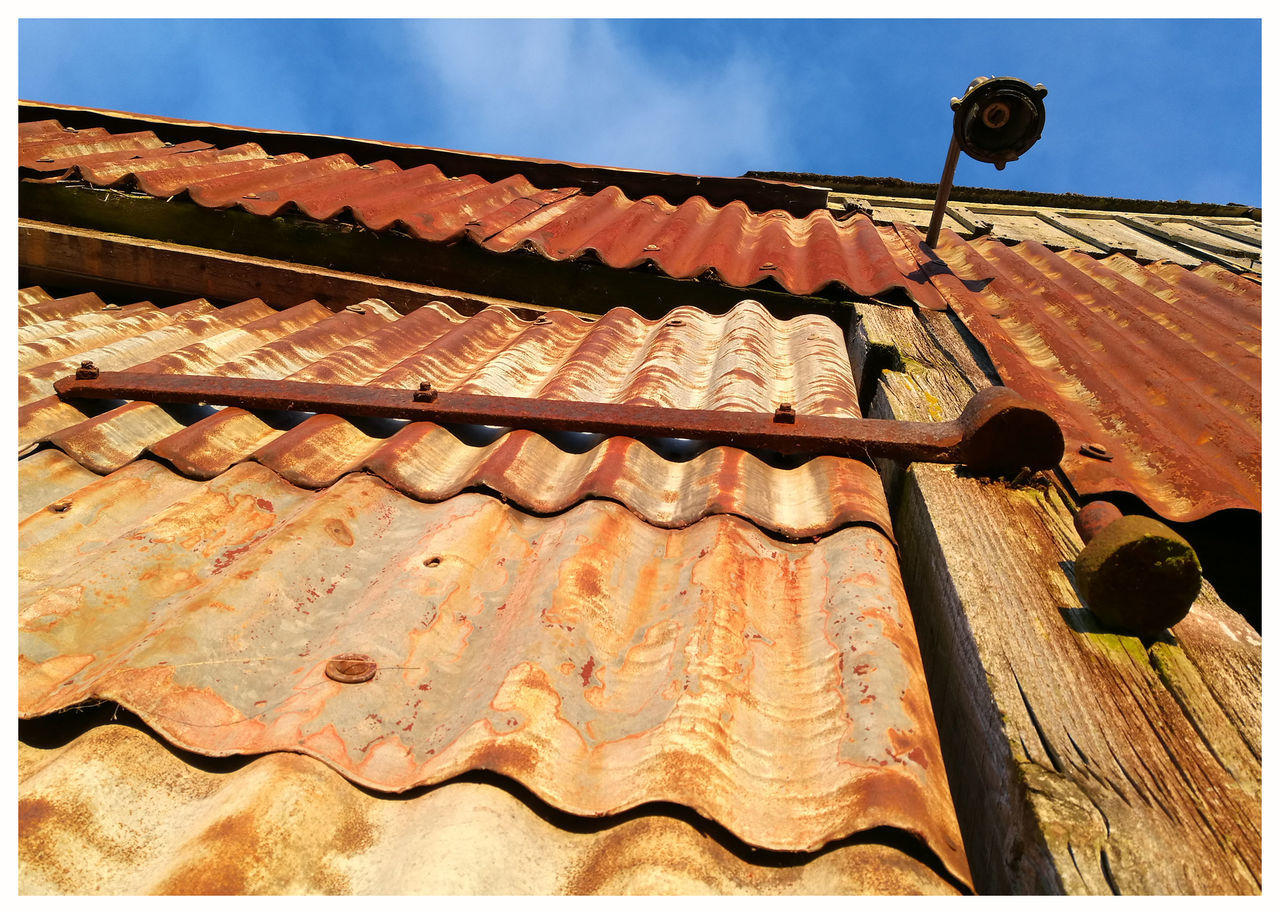 Sky Sunlight Outdoors Day Architecture Built Structure Corrigated Iron Close Up