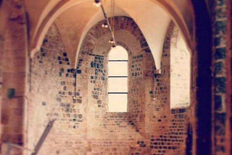 Et la lumière fut... Architecture Orléans Canon Love Photography Canonphotography Apprendre La Photo Par La Fenetre Lumière Centre Ville Ancien Orléans
