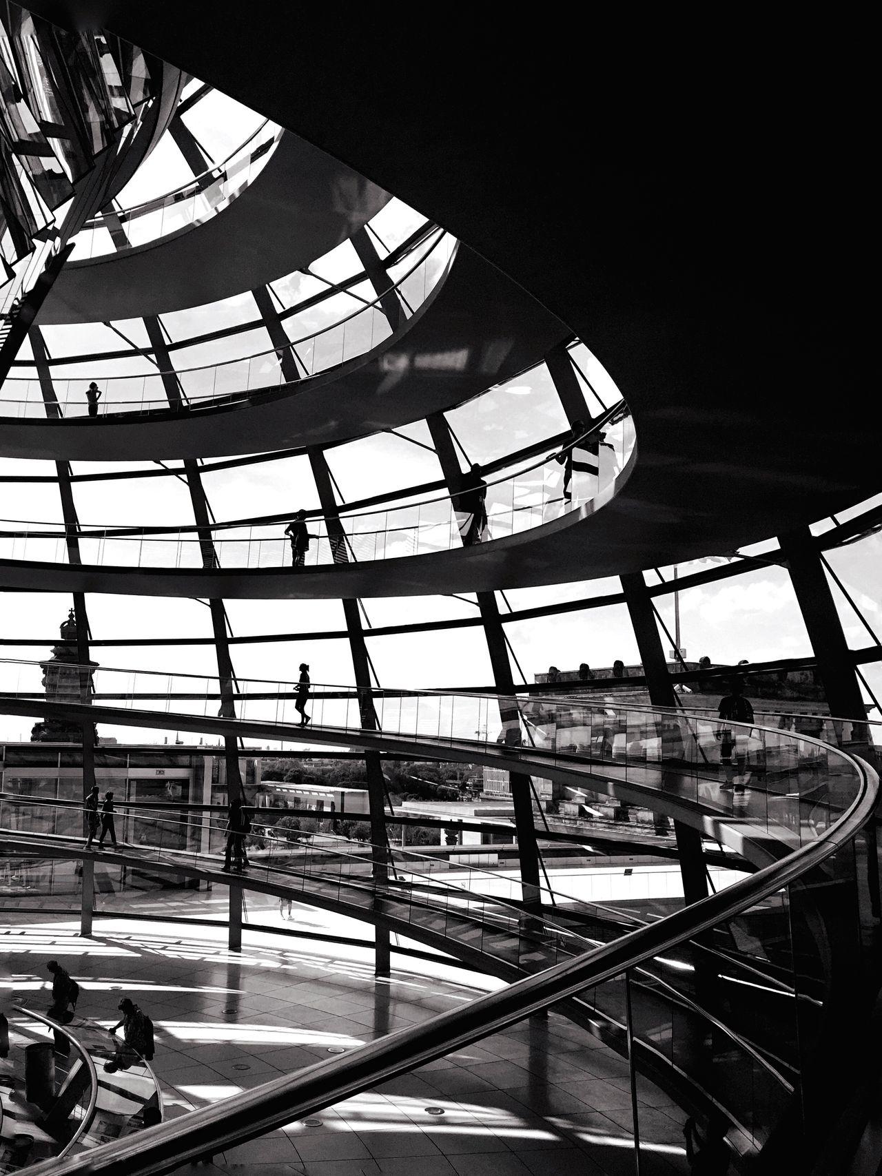Mp_bundestag Mp-photowalk  The Architect - 2015 EyeEm Awards Architecture Berlin Silhouette Open Edit Mpro Blackandwhite Shades Of Grey
