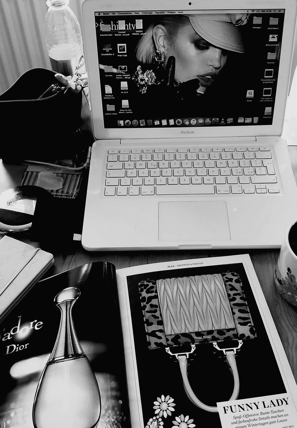 Desk Fashionista Working Hard Fashionblogger Workingdesk Inspirations Everywhere. Fashionphotography Fashionjob