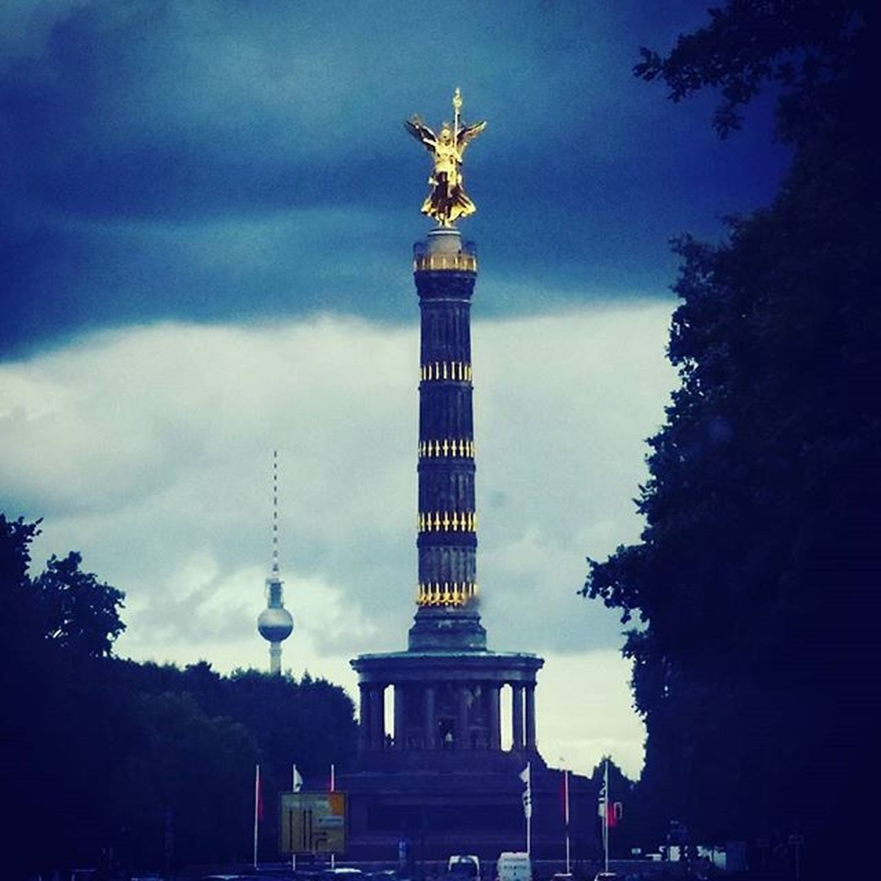 Berlin Awesome Angel Siegessäule  Germany Victorycolumn