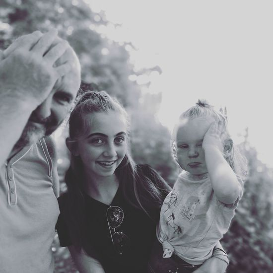 Togetherness Adult People Friendship Outdoors Smiling Beautiful Family Portrait Happiness Close-up Eyeemphotography Mydaughter❤️ EyeEm Best Shots - Black + White The Great Outdoors - 2017 EyeEm Awards Novice Photography Beginnerphotographer