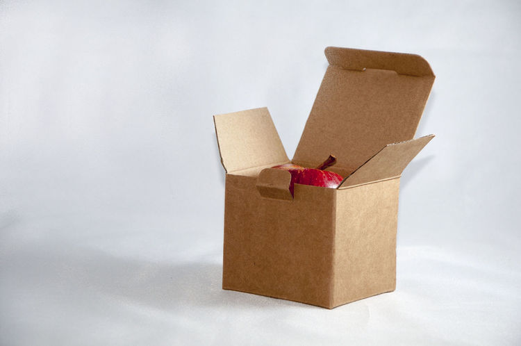 Apple In A Box Cardboard Box Close-up Fruit In A Box No People Open Box Partial View Red Apple Still Life