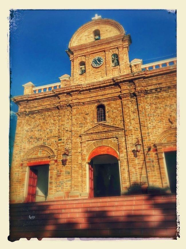 Chruch⛪ Walking Around Taking Photos Vacation Time Sunshine Old Chruch Chruch Outdoors