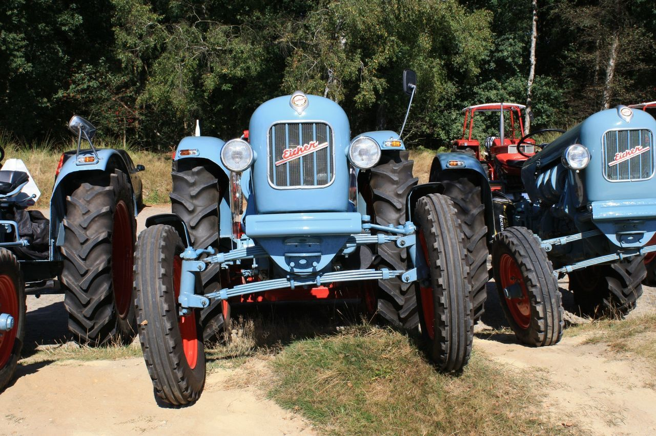 Blue Color Land Vehicle Oldtimer Love Oldtimers Oldtimertreffen Outdoors Parked Tractors Transportation Eicher Trakor Eicher