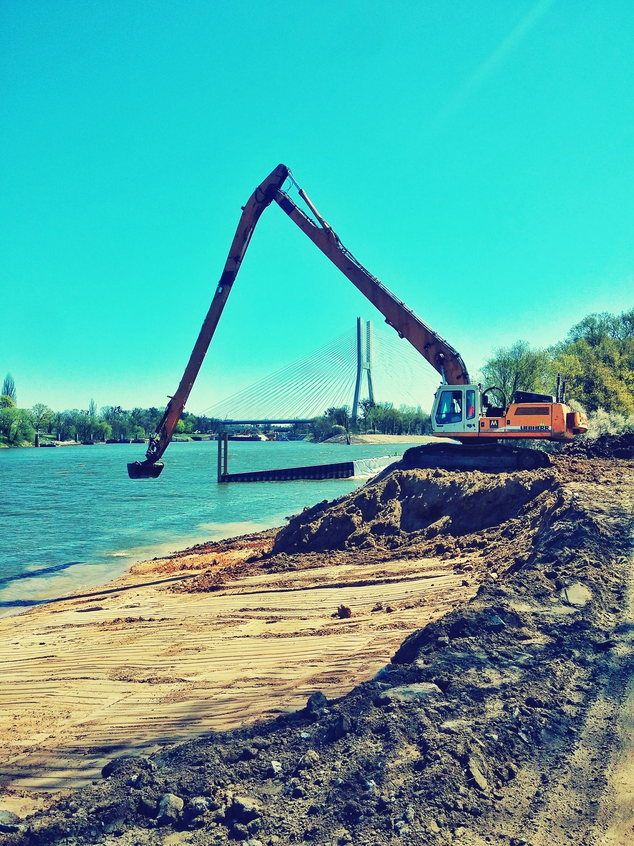 Work in progress....Odra River Work Excavator Wroclaw Sunshine First Eyeem Photo
